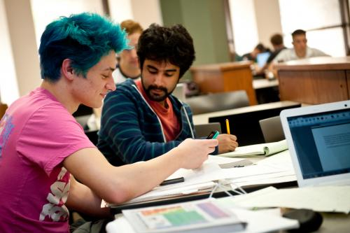 Students getting research help